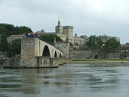 Bridge and Papal Palace