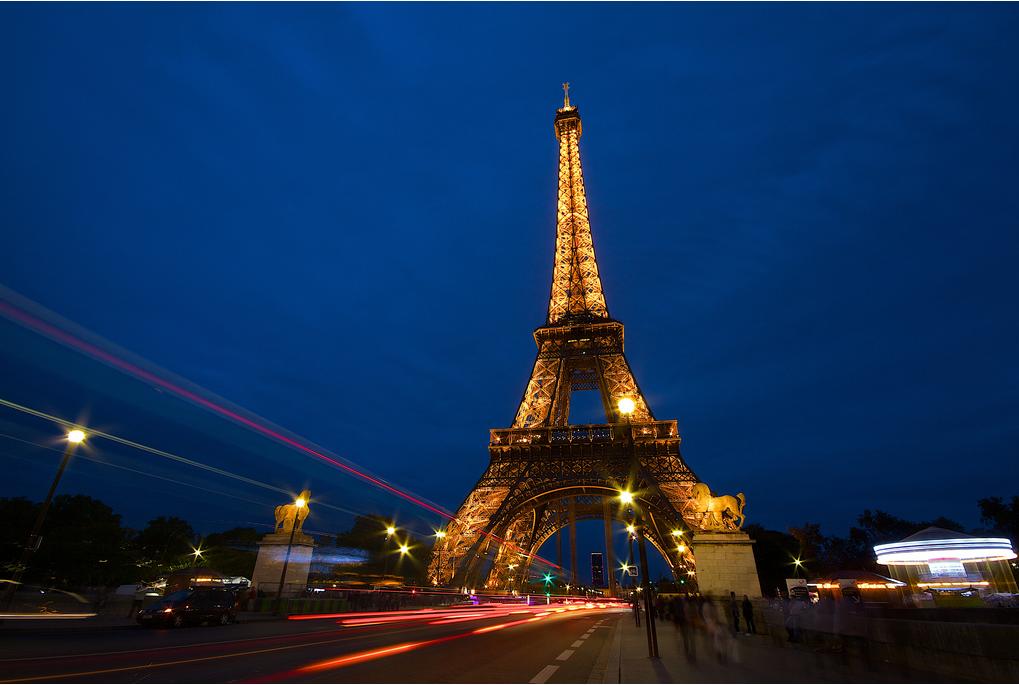 Франция: Полночь в Париже
