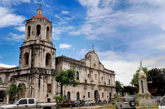 Cebu Metropolitan Cathedral Лучшие острова курорты Филиппин