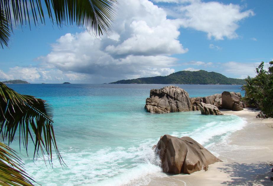 La Diigue Лучшие романтические острова