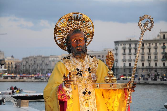 Италия: Как проходят празднования в честь Святого Николая в Бари