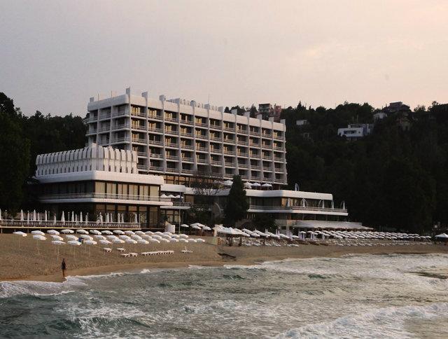 солнечный отель