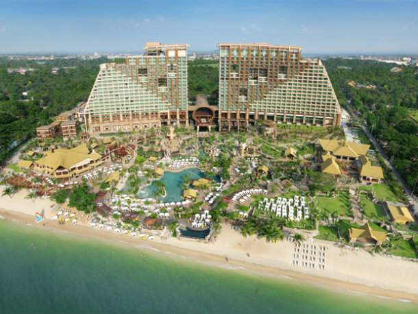 Отель в Паттайе Centara Grand Mirage