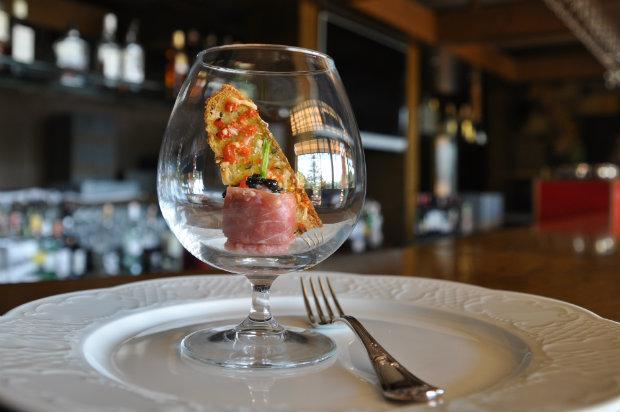 Кухня и рестораны Глории